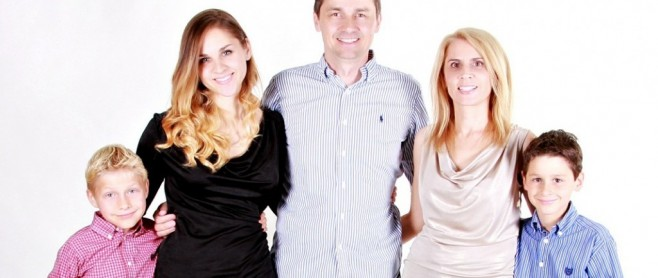 car accident injuries family picture