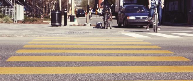 ottawa personal injury lawyer bikes cars on road crosswalk 658x278 1